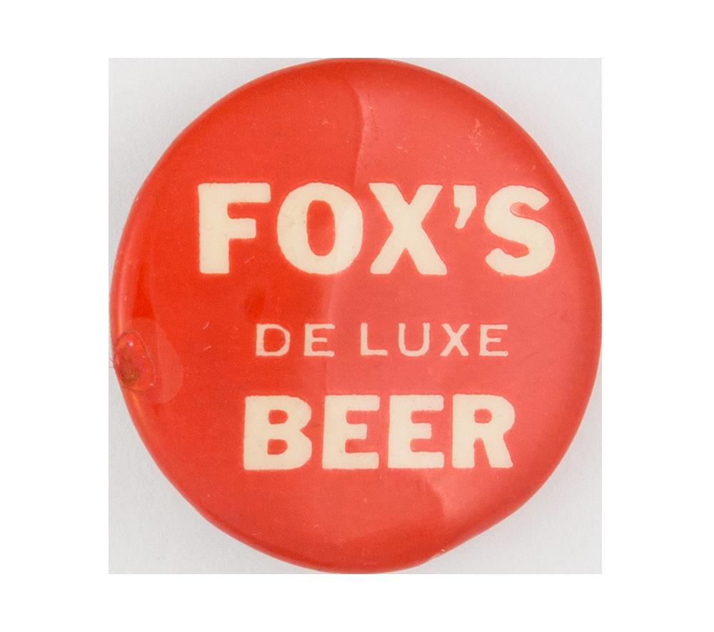 Fox's De Luxe Beer Beer Button Museum